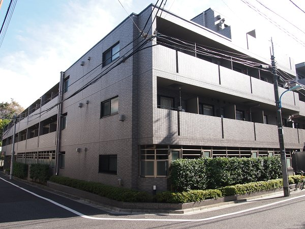 ルーブル早稲田弐番館外観写真