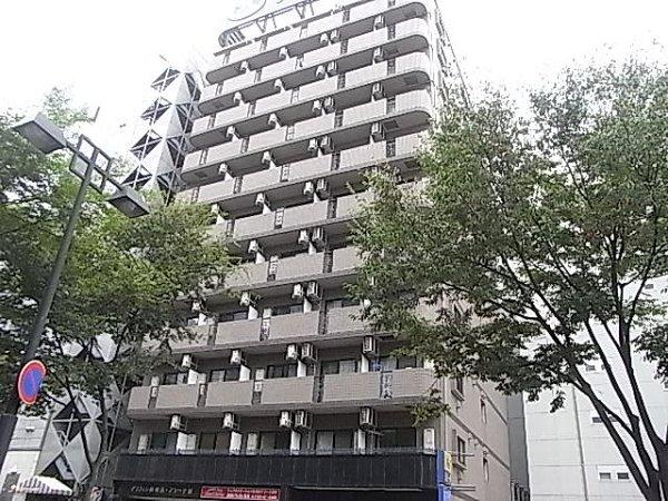 グリフィン新横浜・アリーナ前外観写真