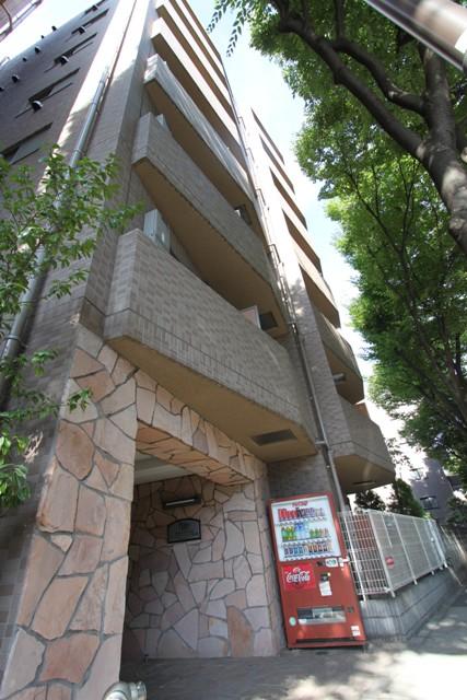 プレールアパートメント芦花公園外観写真