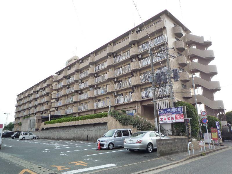 サンシティ箱崎九大前外観写真