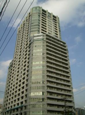 ラグナタワー外観写真