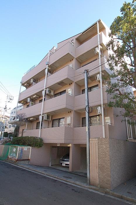 ライオンズマンション横浜山手外観写真