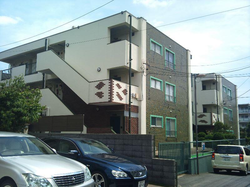 松栄マンション2号棟外観写真