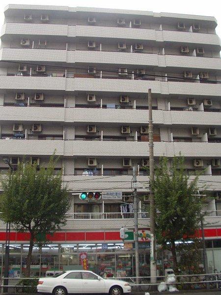 いづみニッテイハイツ北新宿外観写真