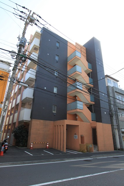 レグラス横浜吉野町サウス外観写真