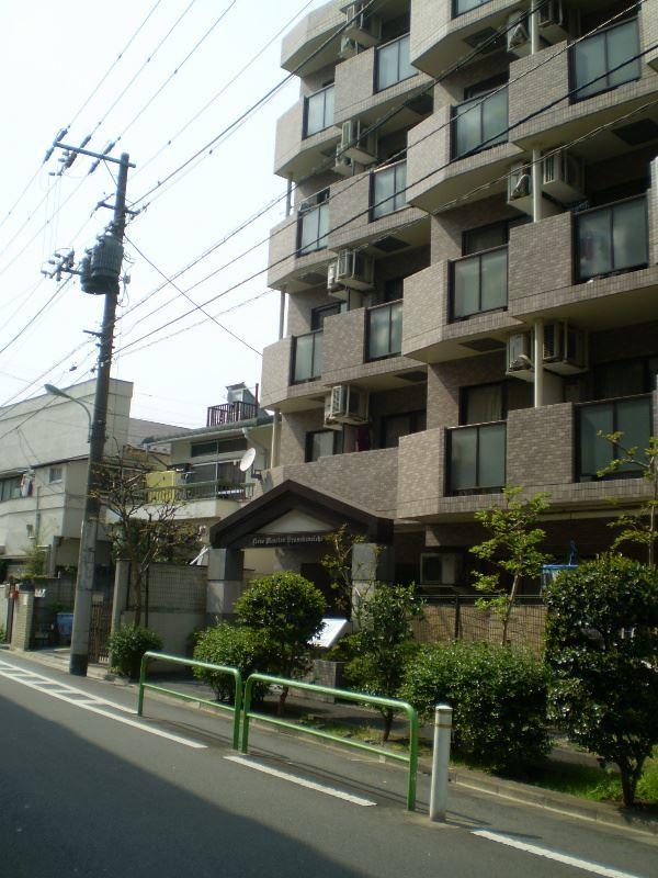 ライオンズマンション大山金井町外観写真