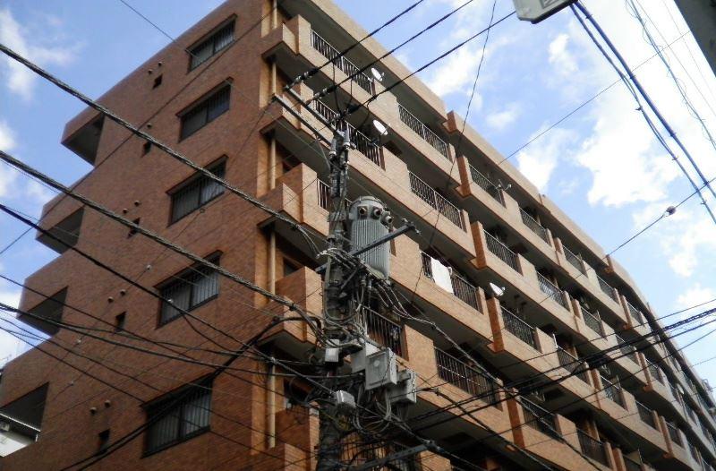 ライオンズマンション横浜駅東外観写真