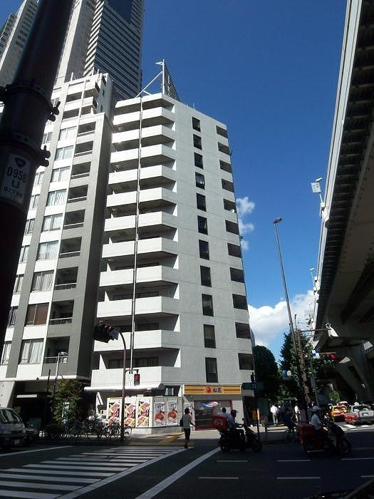 陽輪台西新宿外観写真
