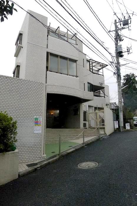 ライオンズマンション早稲田第3外観写真