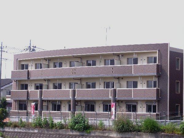 エテルノ・グランデ弐番館外観写真