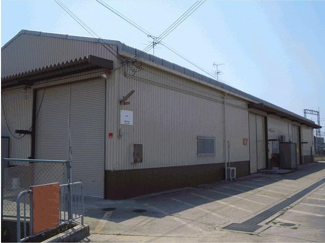 (有)関東屋 倉庫外観写真