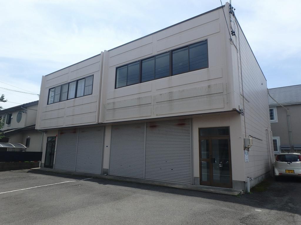 村松栄様倉庫付事務所外観写真
