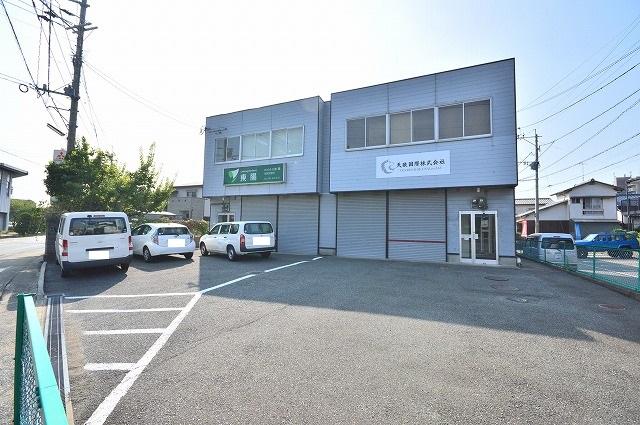 柚須事務所付倉庫外観写真