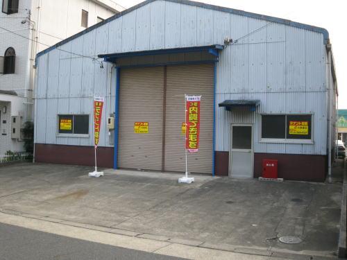 西区西原町倉庫外観写真
