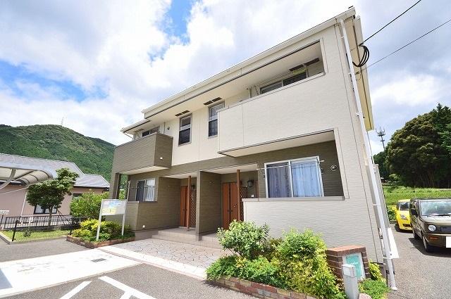 須惠町上須惠アパート外観写真