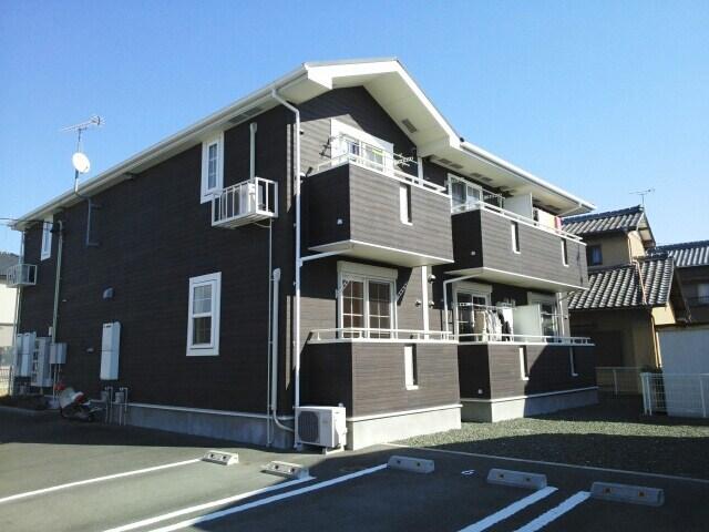 M.S Apartment外観写真