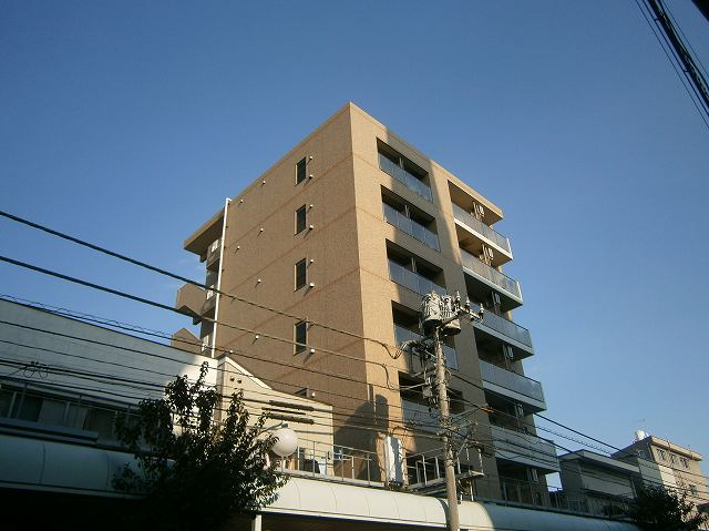 ラフィーネ横浜鶴見外観写真