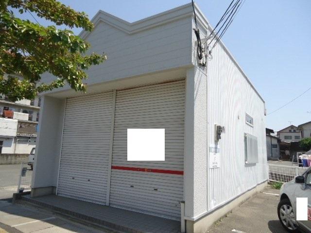 鶴田3丁目平店外観写真