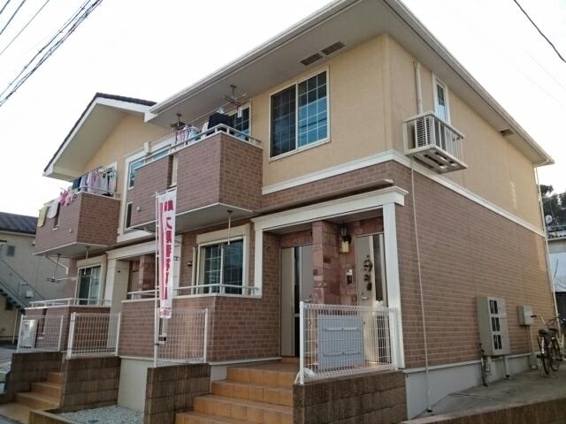 佐江戸町アパート外観写真