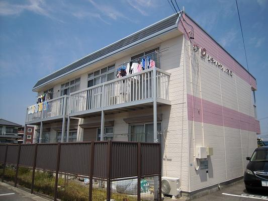 シティハイツ川村B棟外観写真