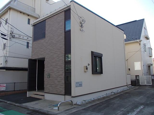 早川2丁目アパート外観写真