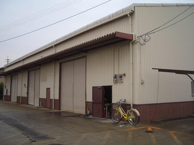 鶴原倉庫M2外観写真