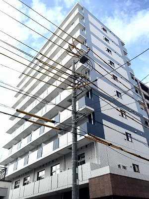 スカイブルーレジデンス横浜外観写真