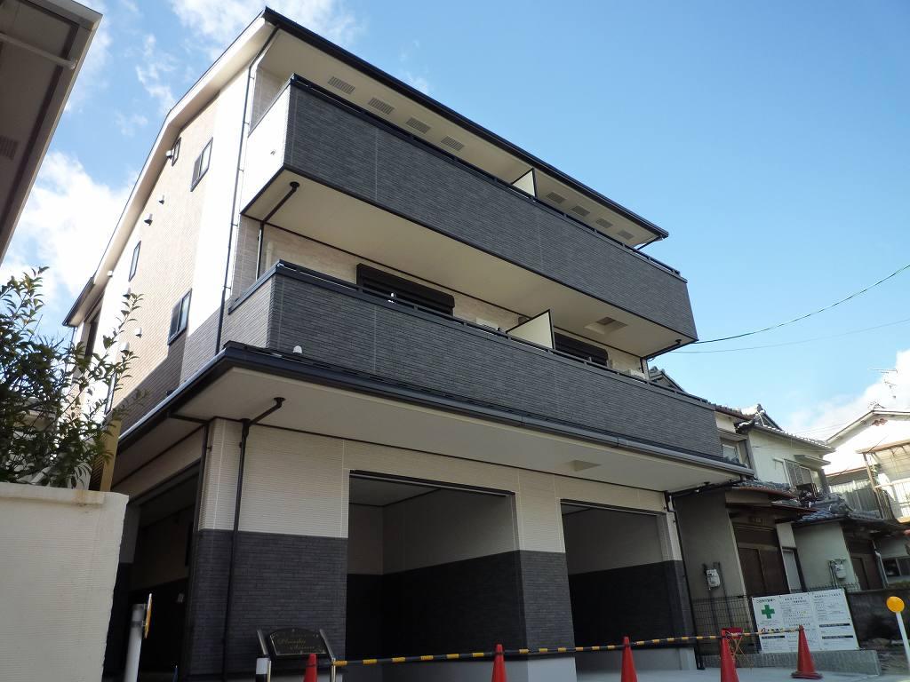 莵道アパート外観写真