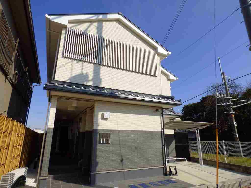 深草大亀谷六躰町アパート外観写真