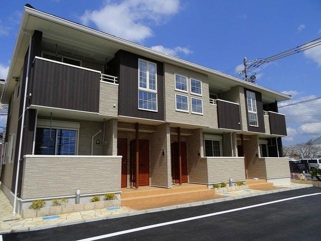 メゾン ドール三田 1号館外観写真