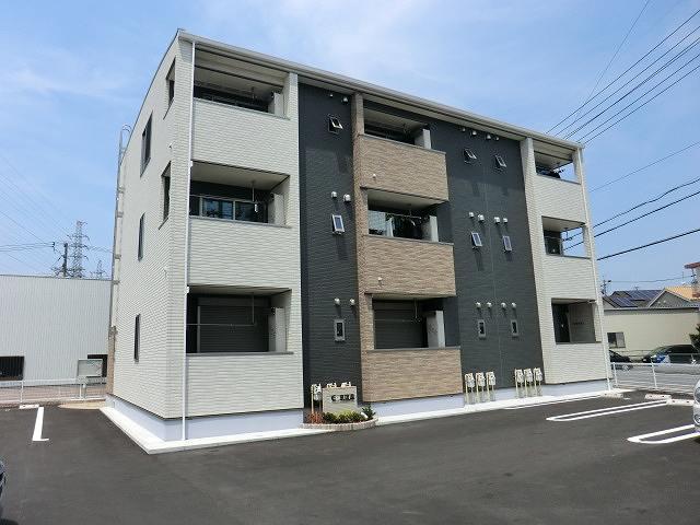 E・泉田道外観写真