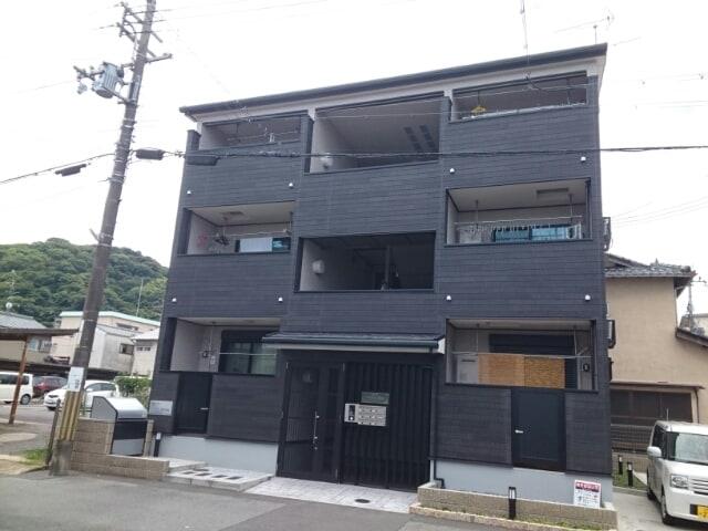 仮)八幡垣内山特注アパート外観写真