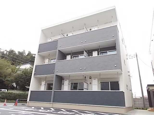 クレアーレ成田Ⅱ外観写真