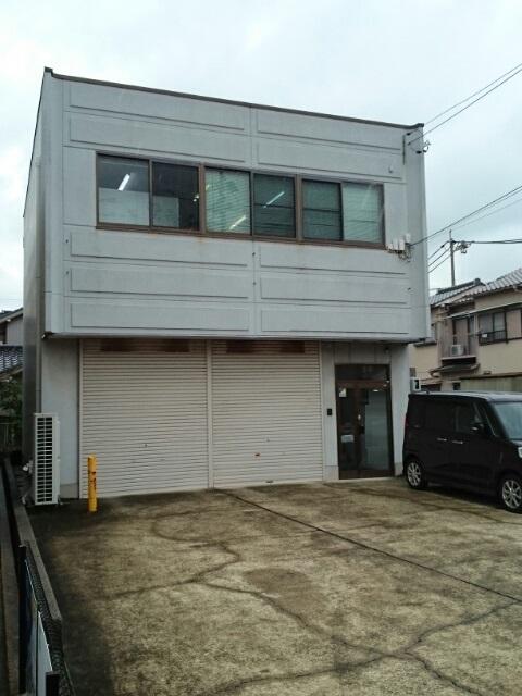 本前田町倉庫付事務所B外観写真