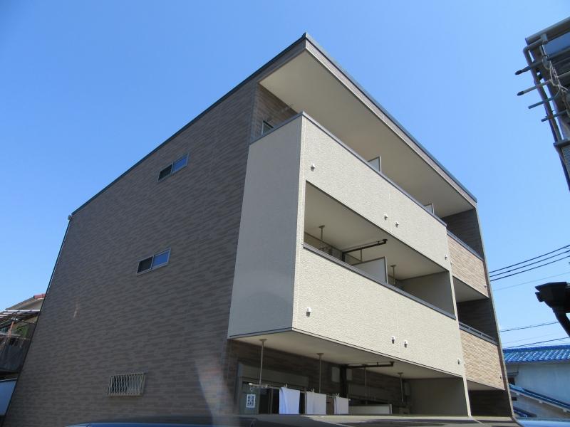向島本丸町アパート外観写真