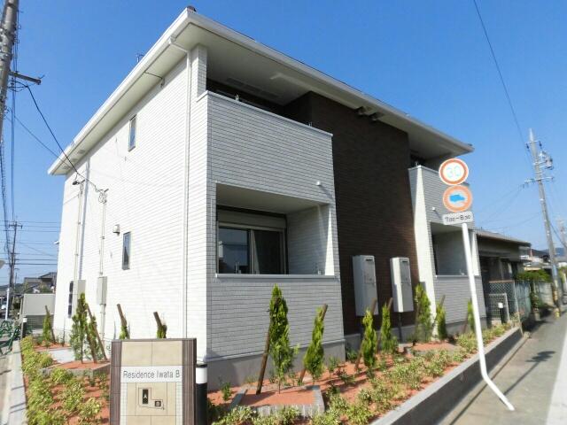 平川本町ビオーラ R2N2凜外観写真