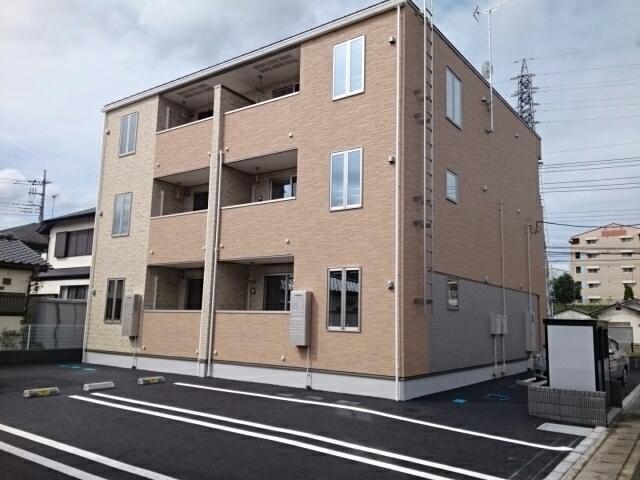 江曽島3丁目アパート外観写真