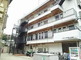 パティオ駒岡11号館外観写真