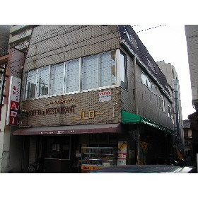 箱崎コミニティ-プラザ外観写真