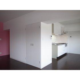 光第6ビル(H22年に室内全面リファイン済)外観写真