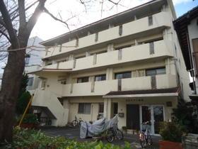 B・Dハウス渡辺(下宿)外観写真