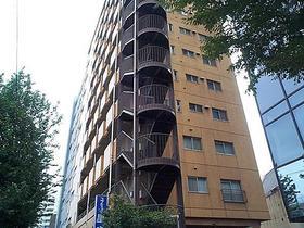 リレント新宿外観写真
