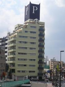 ロイヤルパレス外観写真