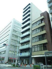 メイクスデザイン東新宿外観写真