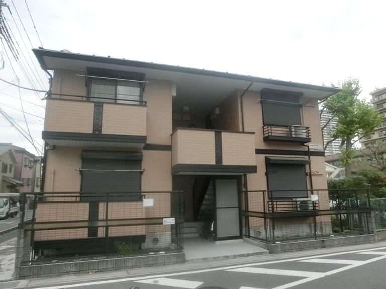 シャンボール・サカエ外観写真