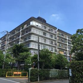 ハイラーク横浜白山外観写真