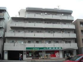 峰岡マンション外観写真