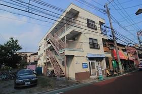 亀山マンション外観写真