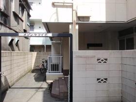 メゾンヤマイチ102号室外観写真