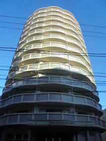 LP平間駅前外観写真